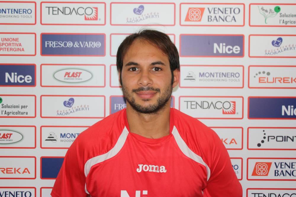 Roberto Poles